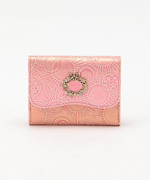 3936ecc4b362 画像は「「ガラクシア」 三ツ折財布 ピンク:14,040円」です。 ※画像のリンク先は伊勢丹オンラインストアです。
