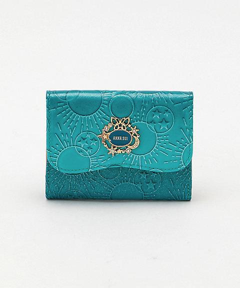 f5a232421d88 画像は「「ガラクシア」 三ツ折財布 ターコイズ:14,040円」です。 ※画像のリンク先は伊勢丹オンラインストアです。