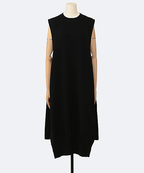 HYKE SLEEVELESS SWEATER DRESS