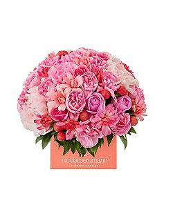 Nicolai Bergmann Flowers & Design/ニコライ バーグマン フラワーズ & デザイン 【5】母の日限定 フレッシュフラワーキューブアレンジメントS 5月6日(木)~5月9日(日)届け