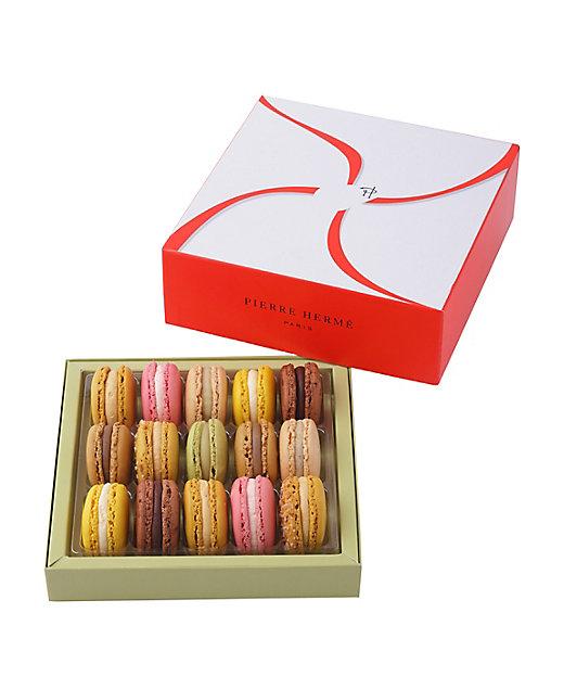<PIERRE HERME PARIS/ピエール・エルメ・パリ> マカロン 15個セット(洋菓子)【三越伊勢丹/公式】