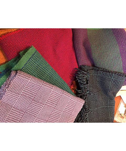 三越・伊勢丹オンラインストア「37」卓上織り機による手織りマフラー講習 【三越・伊勢丹/公式】